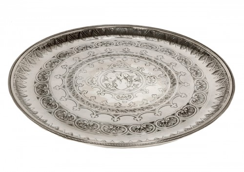 Round tray in silver - XXth - by Cartier