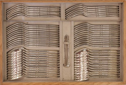 Cutlery set in silver, 237 pieces, by R. Linzeler -