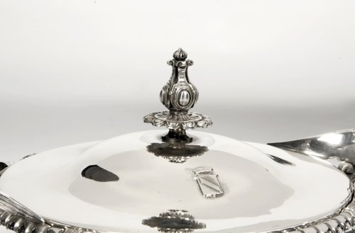 Silver vegetable dish, cover and liner 19th by Froment-Meurice - Antique Silver Style