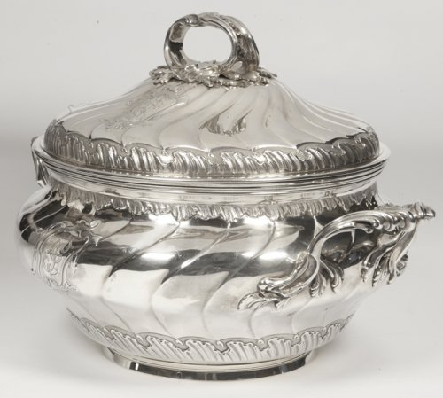 Soup tureen in silve, early XXth by BOINTABURET  - Antique Silver Style