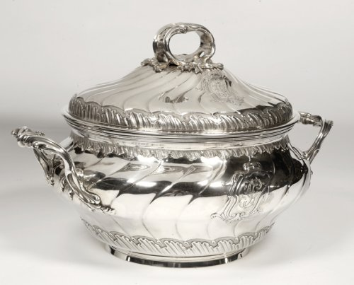 Antique Silver  - Soup tureen in silve, early XXth by BOINTABURET