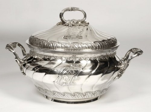 - Soup tureen in silve, early XXth by BOINTABURET