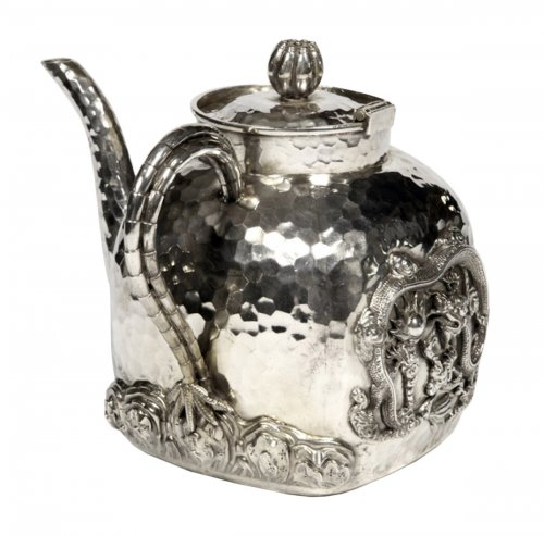 Chinese silver teapot - early 20th by Tu Mao Xing