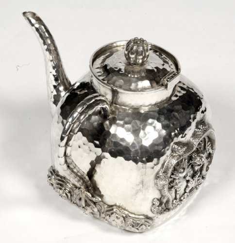 Chinese silver teapot - early 20th by Tu Mao Xing  -
