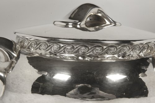 Silver soup tureen - 1950 by silversmith Tétard -