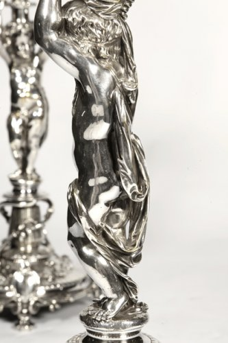 Antiquités - Pair of candelabra in silver bronze - by Christofle