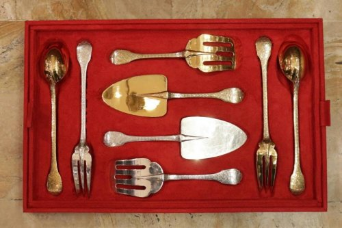 Antiquités - Cutlery set in silver and gilt silver - by Puiforcat