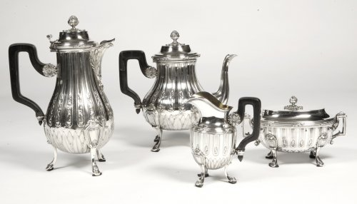 - Tea coffee set in silver late 19th century by silversmith Cardeilhac