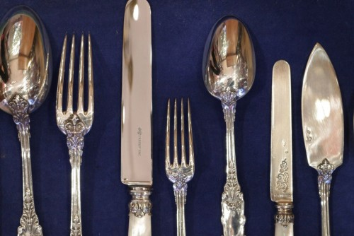 Antiquités - Cutlery set  in sterling silver 188 pieces by PUIFORCAT