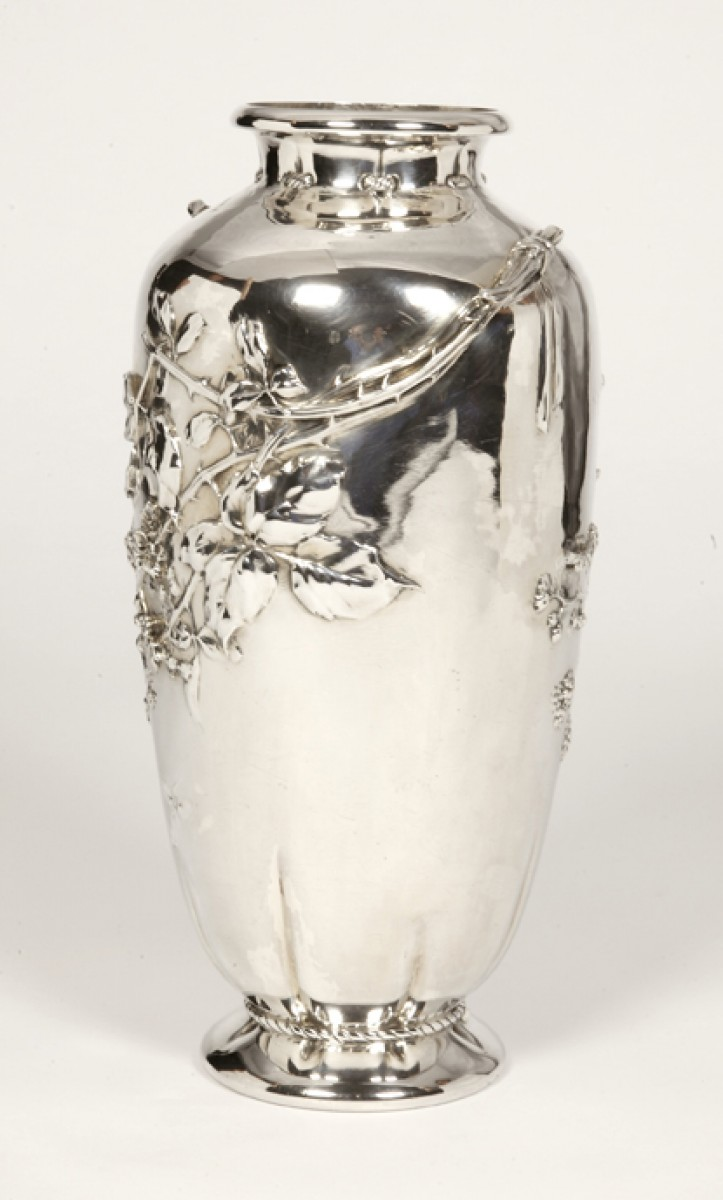 spectacular vase rapturous sterling large silver signed with oh form pin japanese meiji antique