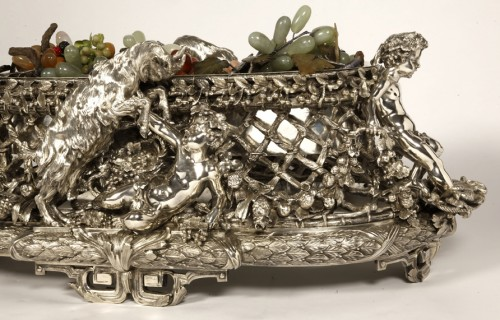 Bronze silver-plated ovale jardinière by the Silversmith FANNIERE FRERES -