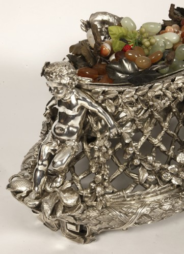 Napoléon III - Bronze silver-plated ovale jardinière by the Silversmith FANNIERE FRERES