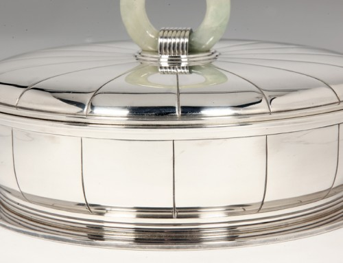 Antiquités - Silver serving dish by JEAN PUIFORCAT