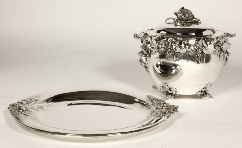 "20th century - silver soup tureen, cover and stand know, as ""La soupe de légumes"", by Charles Christofle"