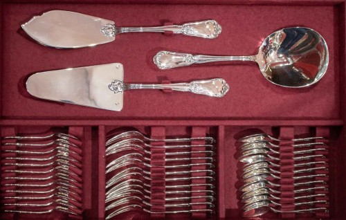 20th century - Flatware in sterling silver 1st title Minerva by silversmith HENIN and Co.