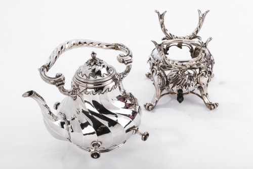 19th century - Samovar rocaille in silver by MARTIN Marie Vve