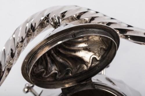 Napoléon III - Samovar rocaille in silver by MARTIN Marie Vve