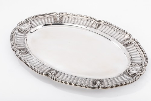 Antiquités - Silversmith Gustave Odiot - Large terrine of aparat on his dormant