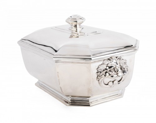 Puiforcat -Soup tureen covered in solid silver