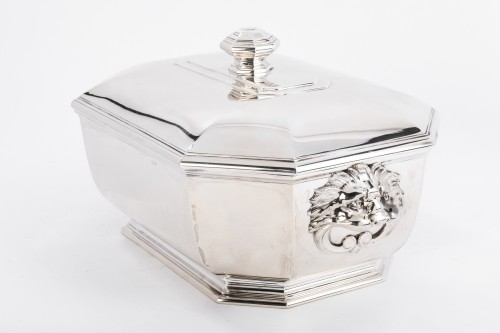 Puiforcat -Soup tureen covered in solid silver -