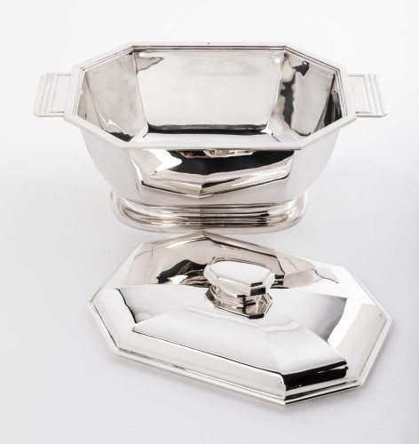Vegetable dish covered in solid silver Art deco by HENIN - Art Déco