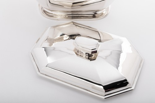 Antiquités - Vegetable dish covered in solid silver Art deco by HENIN