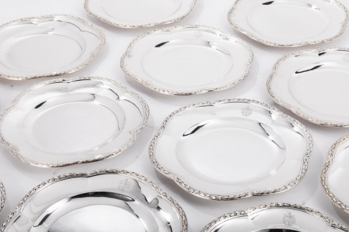 Suite of 12 silver plates by M GAUTHIER 20th century -