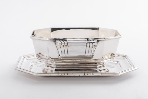 Art deco silver sauce boat by Lappara -