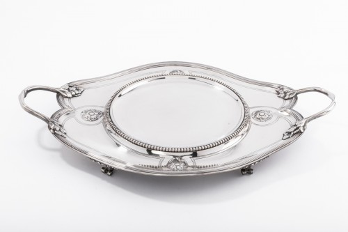 André AUCOC Important soup tureen and its XIXth century solid silver stand - Antique Silver Style Napoléon III