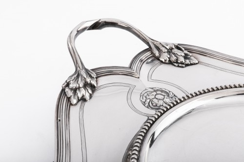 Antique Silver  - André AUCOC Important soup tureen and its XIXth century solid silver stand