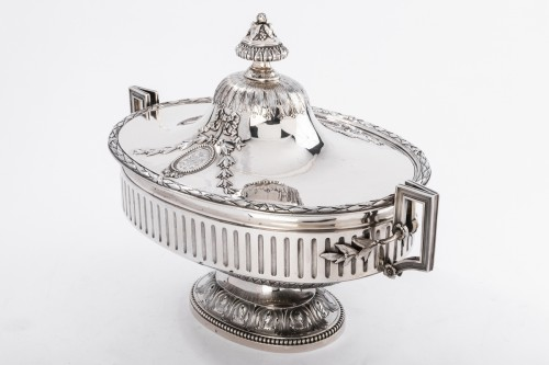 Goldsmith Gustave ODIOT - Large Terrine of ceremonial silver nineteenth - Antique Silver Style Napoléon III