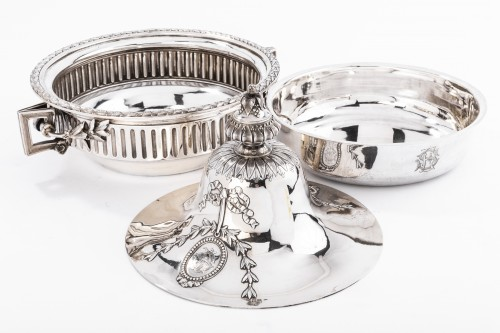 GUSTAVE ODIOT (1865/1894) - Vegetable dish in sterling silver 19th - Antique Silver Style Napoléon III