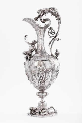 ODIOT SILVERSMITH IN PARIS  - Exceptional EWER in solid silver XIXth - Antique Silver Style Napoléon III