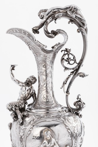 Antique Silver  -  ODIOT SILVERSMITH IN PARIS  - Exceptional EWER in solid silver XIXth