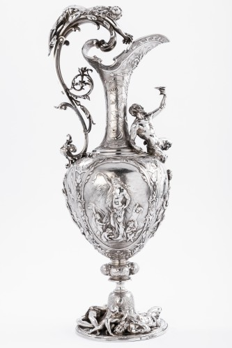 ODIOT SILVERSMITH IN PARIS  - Exceptional EWER in solid silver XIXth -