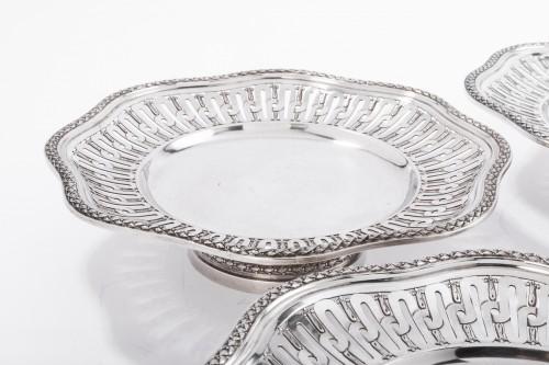 Antiquités - Goldsmith A. AUCOC Suite of four 19th silver cups