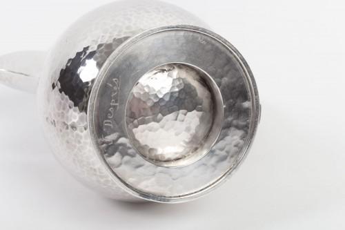 Art Déco -  Goldsmith JEAN DESPRES - Sterling silver jug ??hammered twentieth 1940