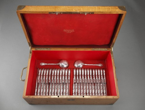 """Napoléon III -  ODIOT - 236 solid silver cutlery """"MEISSONNIER"""" set oak chest"""
