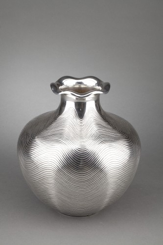 Goldsmith CALLEGARI Gioielli - 20th century solid silver vase - Antique Silver Style 50