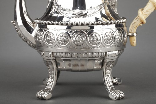 Napoléon III - Goldsmith CARDEILHAC - Important Teapot in sterling silver and ivory 19th