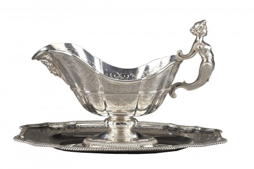 Goldsmith CARDEILHAC - Sauce boat on its solid silver tray 19th century