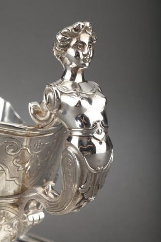Napoléon III - Goldsmith CARDEILHAC - Sauce boat on its solid silver tray 19th century