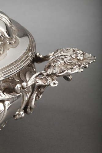Goldsmith MERITE - Vegetable dish and gravy boat in solid silver 19th cent - Antique Silver Style Napoléon III