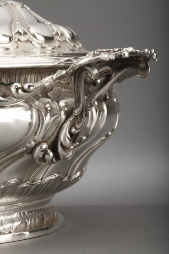 Antique Silver  - Goldsmith MERITE - Vegetable dish and gravy boat in solid silver 19th cent