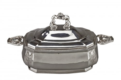 Goldsmith BANCELIN -Soup tureen in solid silver circa 1950/1960