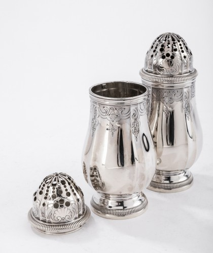 Goldsmith PAUL CANAUX - Pair of 19th century solid silver sprinklers - Antique Silver Style Napoléon III