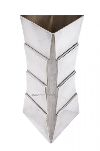 Goldsmith ANDREA BRANZI - Sterling silver vase - XXth