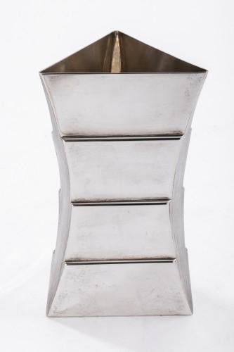 20th century - Goldsmith ANDREA BRANZI - Sterling silver vase - XXth