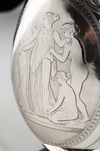 Antiquités - EDOUARD & JOHN BARNARD - Ewer in solid silver XIXth London