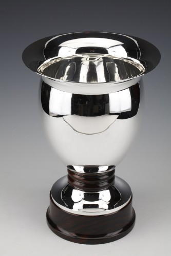 Antique Silver  - Solid silver vase made by the Brussels silversmith SIMONET